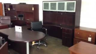 Boss Executive U-shaped Desk, Mahogany...  Liquidation Deal