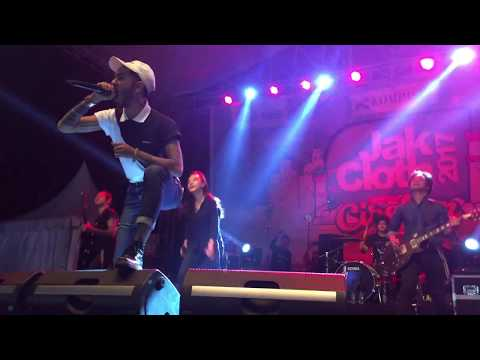 Killing Me Inside Feat AIU & Onandio Leonardo - Tormented (Live at Jackloth Cirebon 2017)