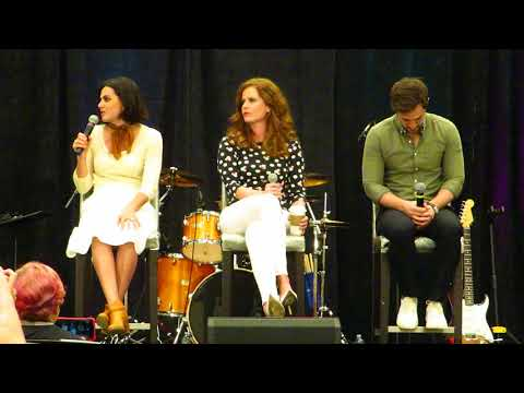 Lana Parrilla, Rebecca Mader and Andrew J. West OUAT Orlando 2018 Gold Panel  Part 1