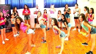 Chapiadora KIDS - Reggaeton by Dance is convey (HD)