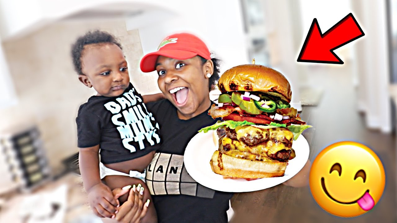 HOW TO MAKE A HUGE 1 POUND BACON BURGER & FRIES | COOKING WITH THE EMPIRE FAMILY