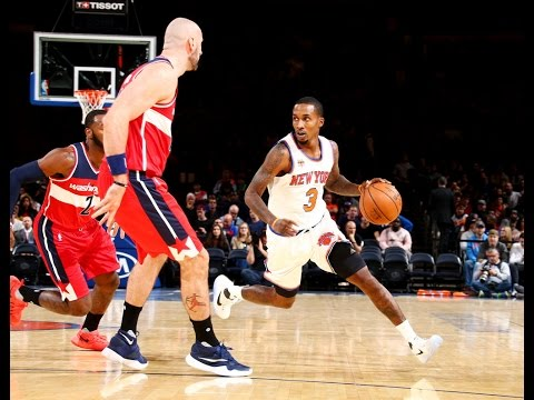 Brandon Jennings Gets Flashy in Front of Garden Crowd