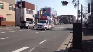 高崎そば屋火災、渋川広域消防の救急車、走行。
