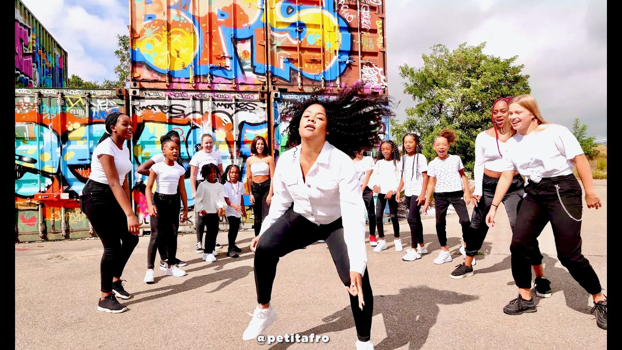 Download 100% Afro Dance Vol. 6 || PETITAFRO  - Beat By Kenzo Beats - Video By HRN