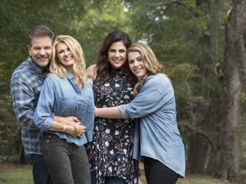Hillary Scott Debuts Faith Based Family Album, 'Love Remains' [Exclusive]