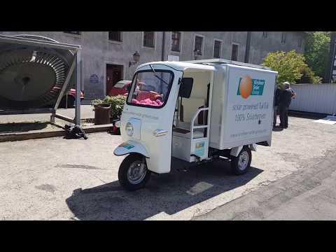 Das E-Tuk-Tuk: Deutsche Firma will mit Solar-Dreirädern Tong