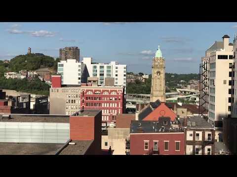 21C Art Hotel Rooftop Bar Cincinnati