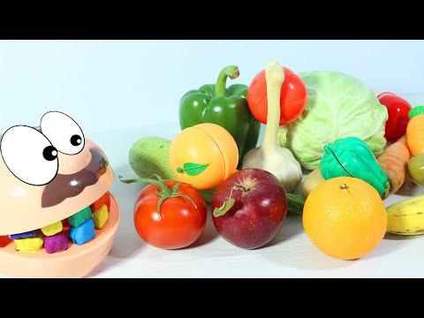 Учим названия Фруктов и Овощей Настоящие Фрукты Vs Игрушечные овощи