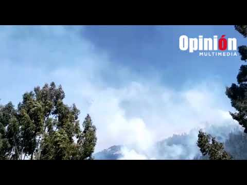 Supertanker sobrevuela el Tunari para apagar incendio