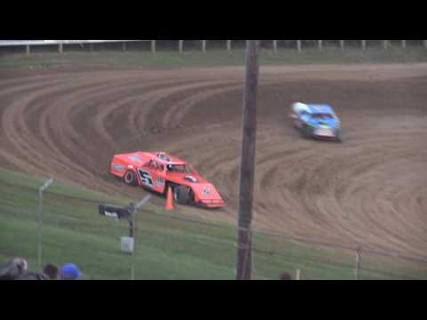 9 24 16 Modified Heat #2 Lincoln Park Speedway