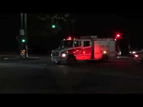Vancouver Fire & Rescue Services - Medic 12 Responding