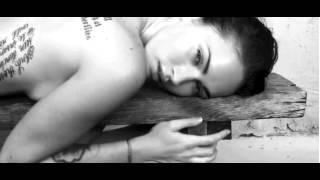 Меган Фокс в рекламе нижнего белья