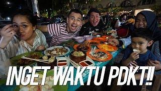 Download SAHUR BARENG ISTRI TERCINTA SAMBIL BAGI-BAGI THR DI TAMAN MENTENG Mp3 and Videos