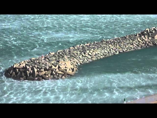 Tramuntana huracanada a Portbou  Febrer 2015  Part 2