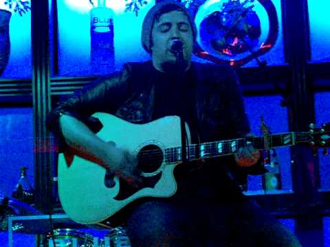 """Lee DeWyze """"Sweet Serendipity (acoustic)"""" at Blue Martini (Orlando)"""