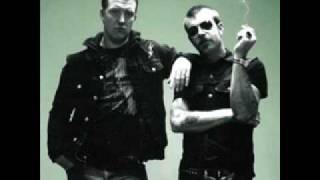 Watch Eagles Of Death Metal Addicted To Love video