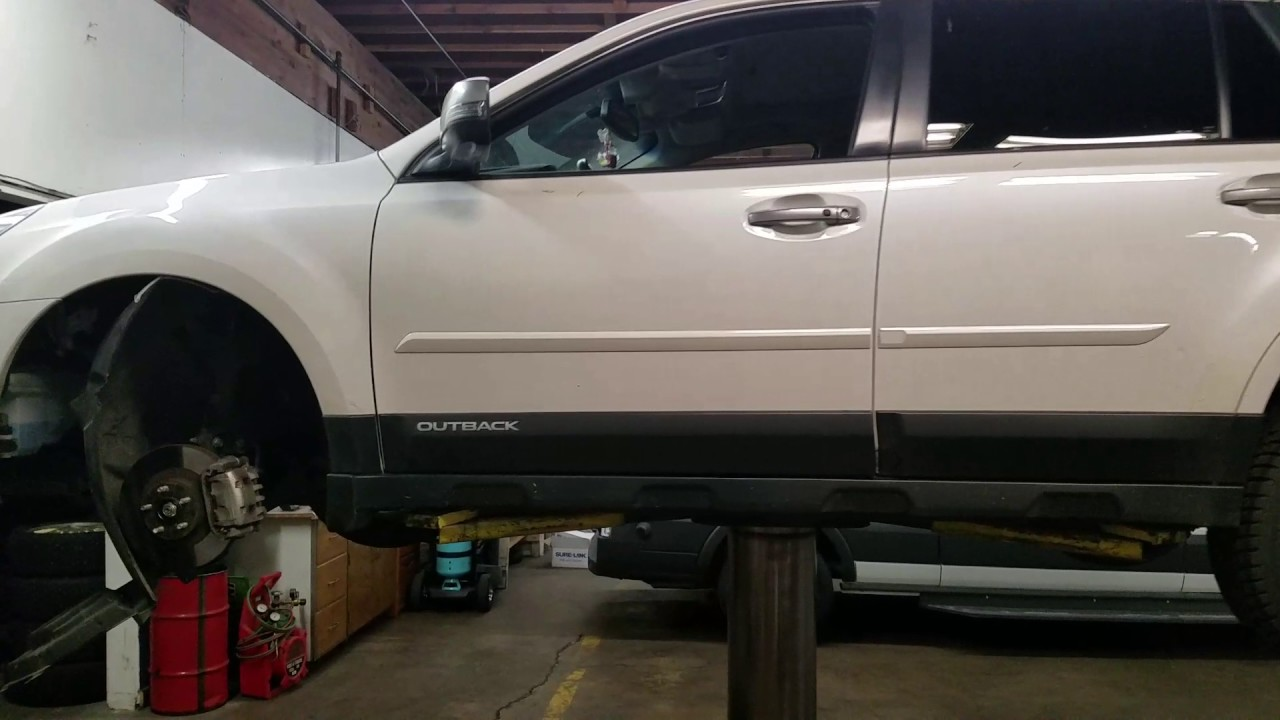 2014 Subaru Outback Low Beam Replacement