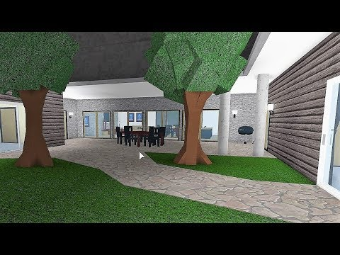 Building a 39 roleplay house 39 no gamepasses roblox for Modern house roleplay