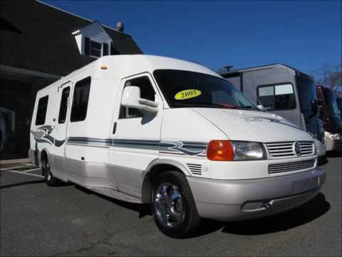 2005 Winnebago Rialta 22QD Volkswagen Bus Westfalia Like VW Vanagon RV Camper Van