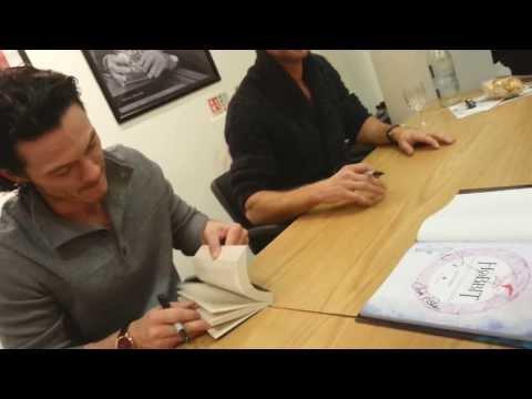 Richard Armitage Luke Evans  Hobbit Waterstones Event 20131206-5