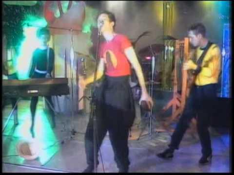 B-52's - Rock Lobster - Lyrics - HQ - Video