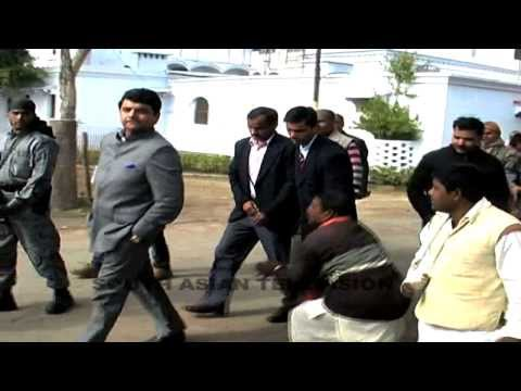 Raw Video: Congress Minister RPN Singh Misbehaves With TV Journalist