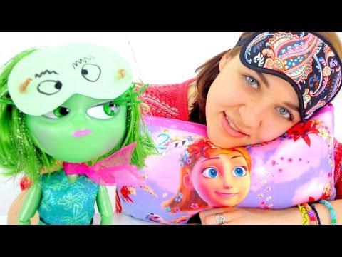 Видео для девочек. Кукла Брезгливость не может уснуть