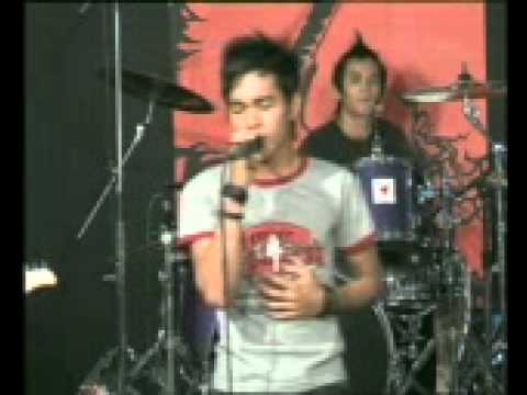 astrella band pontianak,live in Silok Ruai Tv 2007