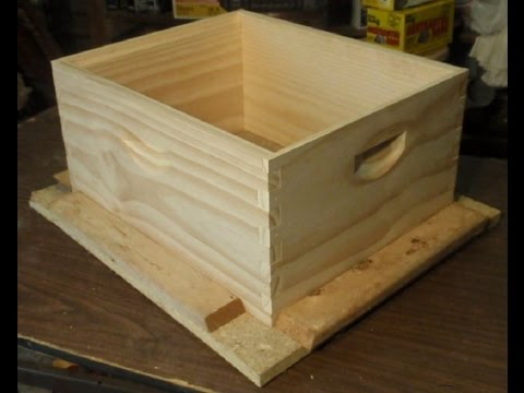 beekeeping How to-Assembling a Beekeeping Box