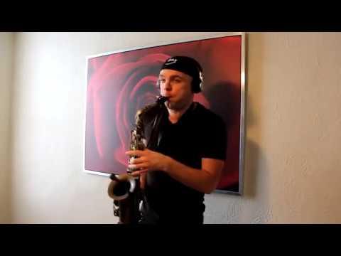 Arilena Ara - Nëntori Saxophone Cover by Ysax