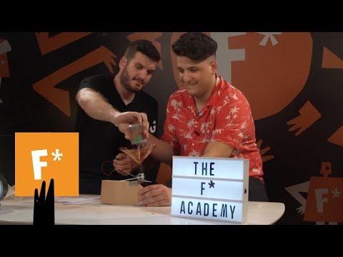 Ο Vibrator και ο NerZhul φτιάχνουν Glitter surprise! | The F*Academy