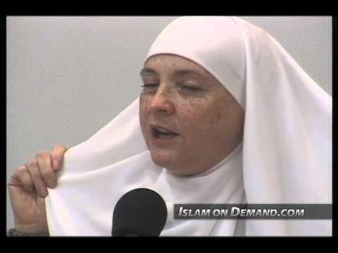Rights of Muslim Women and Their Potential For Impact - Rasha al-Disuqi and Aminah Assilmi (R)