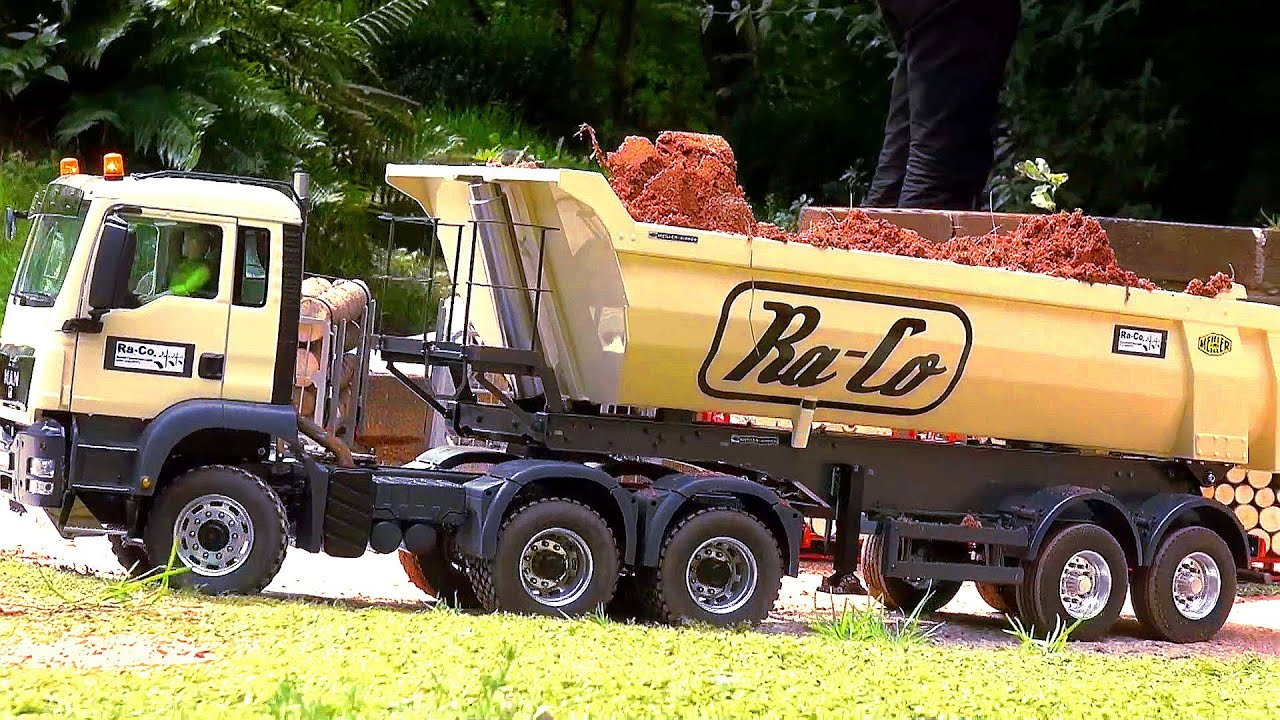 RC TRUCK MAN 3-AXLE Tractor Trailer! Semi Trailer! Halfpipe TIPPER! TGX! RC TRUCK ACTION! - YouTube