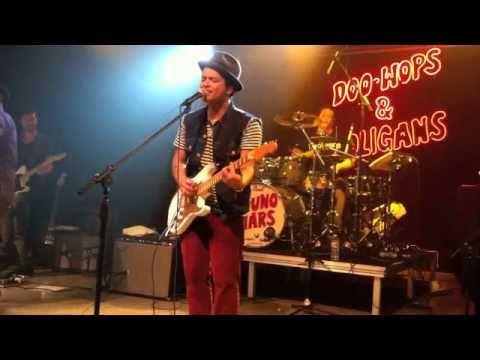Bruno Mars - Liquor Store Blues (2010 Live Tour in Dallas)