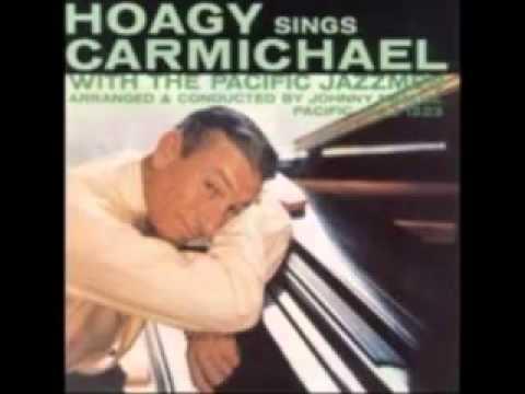 Клип Hoagy Carmichael - Two Sleepy People