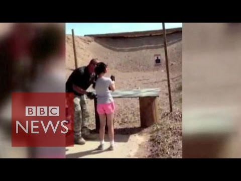 Arizona shooting: Girl, nine, kills gun instructor - BBC News