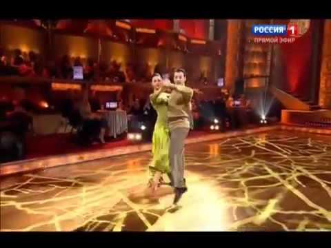 Танцы со звездами   Анастасия Меньшикова и Дмитрий Ташкин   05 10 2013