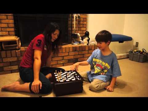 00008 11-3-2015 帆帆教我玩西洋棋