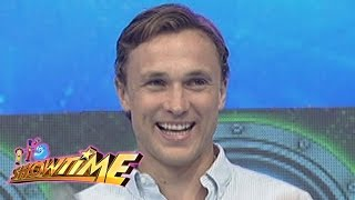 It's Showtime: William Moseley visits It's Showtime