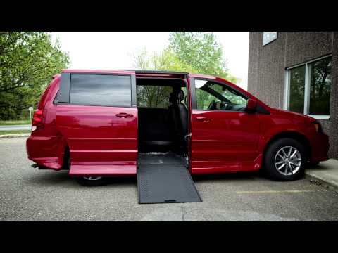 The Benefits of a Wheelchair Accessible Van with an In-Floor Ramp
