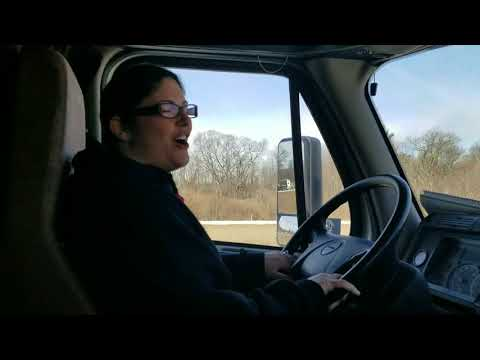 If you can't find em....GRIND EM!!! (Trucking with Selena vlog #46)