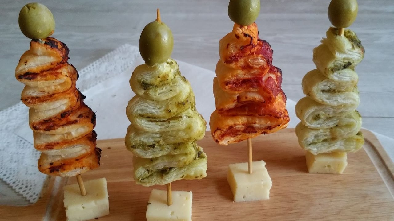 Antipasti Di Natale Finger Food.Alberelli Di Pasta Sfoglia Pronti In Soli 5 Minuti Il Finger Food Natalizio Youtube
