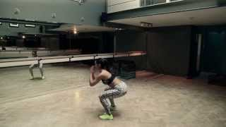 How to do squats, with Roxie Nafousi