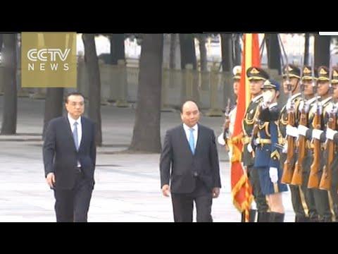 Chinese Premier Li Keqiang meets Vietnam PM