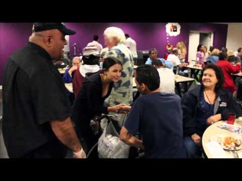 Feeding the homeless in San Diego - Watch Urban Angels' volunteers giving back