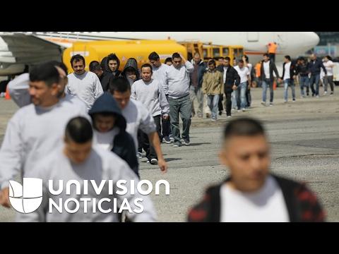 Alcalde de Nuevo Laredo cifra en casi un centenar el número de deportados que reciben cada día