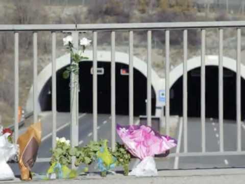 Busongeval Zwitserland, Sierre: Herdenking en foto's (14 maart 2012)
