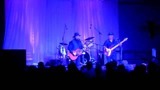 Roy Rogers & The Delta Rhythm Kings- 32/20 blues.AVI