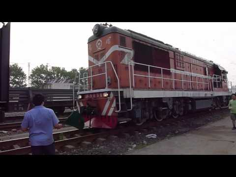 Exploring railway in China: a historic train ride, stopover and coupling