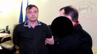 ляшко зверски издевается над лидером антифашистов луганщины.(, 2014-03-10T10:47:52.000Z)